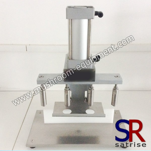 Smallest model liquid spawn vaccination machine